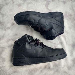 🖤NEW🖤 Nike air Force 1 high all black